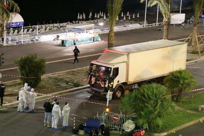 Nizza: un caso di rapidissima radicalizzazione secondo il ministro degli Interni francese