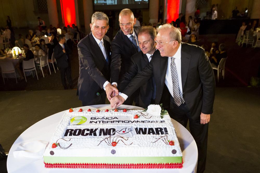 Un altro successo incredibile per la solidarietà con Banca Interprovinciale e Rock No War