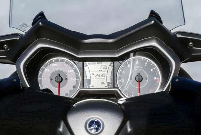 X-MAX 300, la nuova proposta Yamaha nel settore degli scooter sportivi