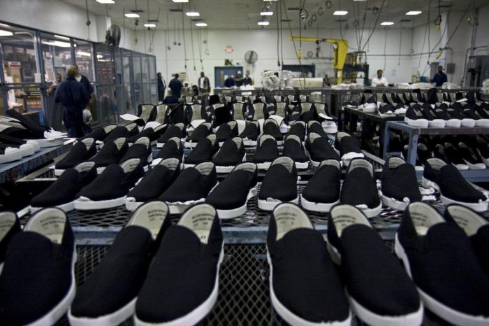 Quando i marchi famosi fanno le scarpe ai lavoratori