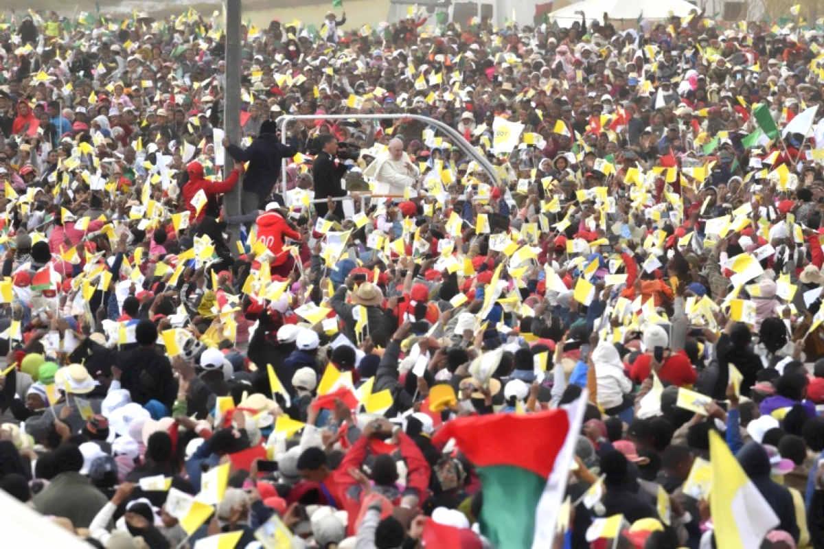 Papa Francesco in Mozambico: oltre 40mila fedeli alla messa