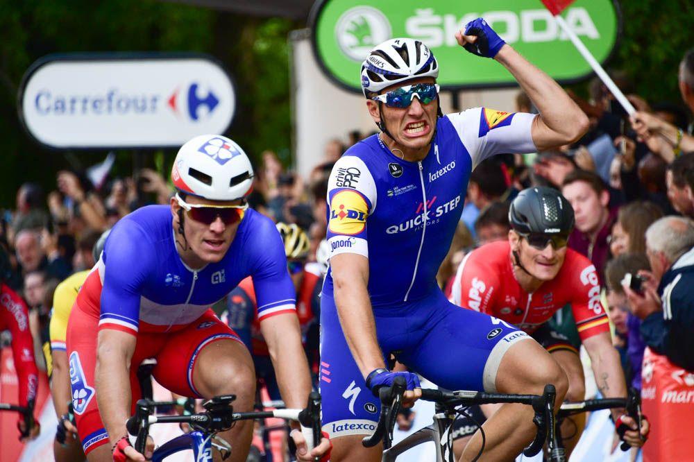 Tour De France 2017 Tappa 2, la videocronaca: impresa sfiorata per la fuga, ma Kittel trionfa allo sprint
