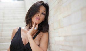 Anna Tatangelo, foto super hot in lingerie: come reagirà il suo Gigi? [FOTO]