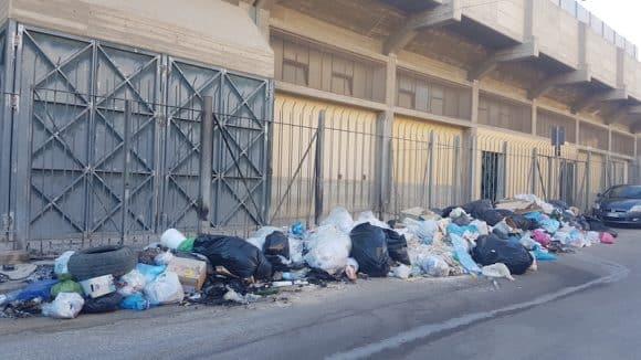 """Castelvetrano """"lentamente"""" fuori dall'emergenza rifiuti"""