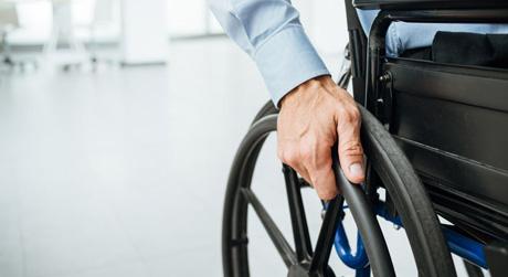 Carrozzine disabili: come sceglierle con La Bottega della Longevità