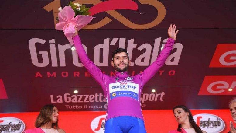 Giro d'Italia 2017 Tappa 13: l'impresa fenomenale di Gaviria [VIDEO] e il resoconto della classifica a punti. Cronaca e classifiche generali