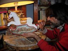 Palermo: Mostra di cavallini in cartapesta e legno all'Officina Catalano