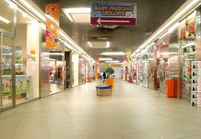 A Pasqua e pasquetta si sciopera nei centri commerciali di molte regioni