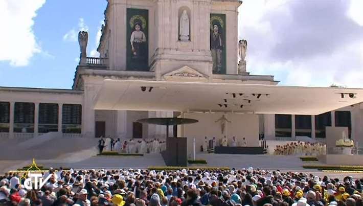 Il Papa a Fatima per la canonizzazione di Francisco e Jacinta Marto