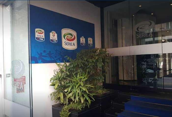 Nulla di fatto per l'asta dei diritti tv della Serie A per il triennio dal 2018 al 2021