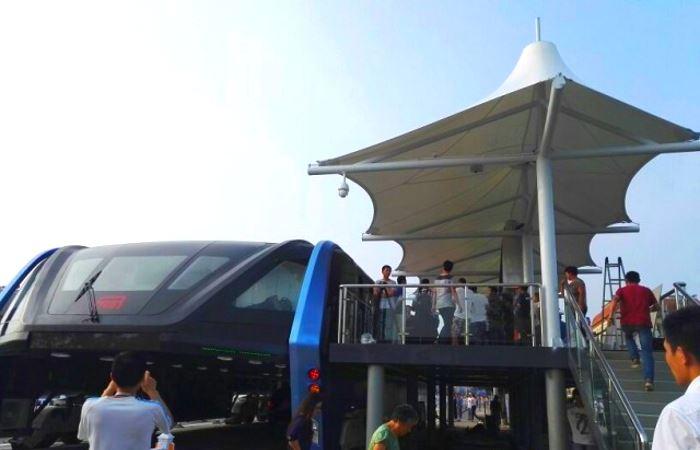 Il Transit Elevated Bus è realtà. Effettuato il primo test