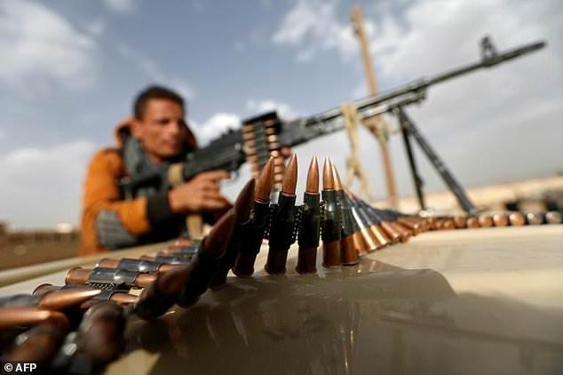 Yemen: 6 soldati e 14 ribelli sciiti uccisi nella battaglia per la provincia centrale di Marib » Gue