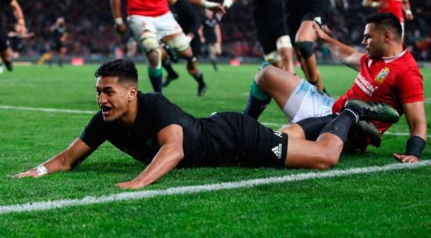 Rugby, gli All Blacks vincono il primo test match della serie contro i Lions