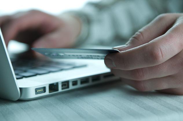 L'abuso di Internet è l'anticamera della dipendenza dal gioco online?