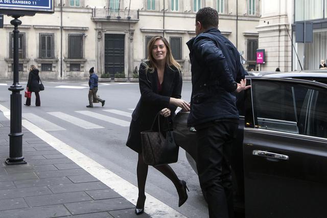 """Governo Gentiloni, scoppia il caso Boschi. """"Non posso essere io a pagare"""""""