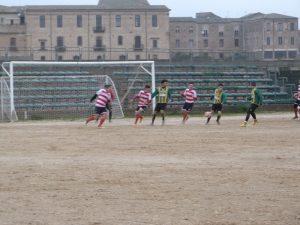 Calcio. Il derby tra Armerina ed Enna finisce in rissa. Brutto 3-2