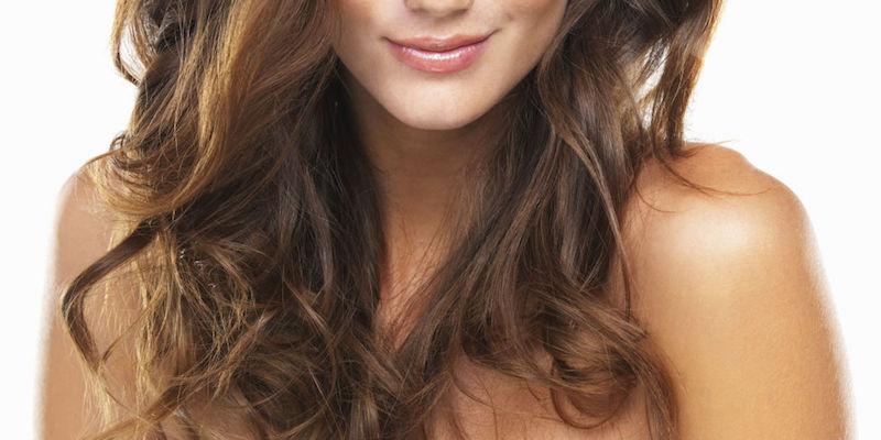 Vuoi asciugare i tuoi capelli mossi al naturale? Ecco come fare