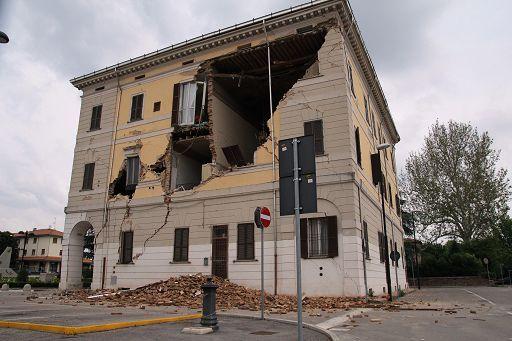 Prevenzione terremoti, rispolverato il fascicolo di fabbricato: una carta d'identità con classificazione sismica