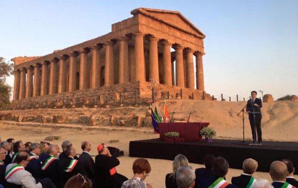 """Renzi: """"G7 in Sicilia, i potenti vedano la bellezza di questa terra"""""""