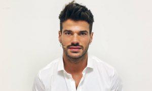 """Uomini e Donne, attesa per il bacio gay. Claudio Sona: """"Voglio portare un messaggio di normalità"""""""
