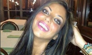 Spunta su Facebook un profilo falso con le foto di Tiziana Cantone, in pochi giorni oltre mille...