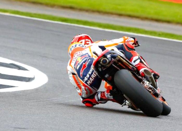 MotoGP 2017, quarta pole di fila per Marquez nel GP di Gran Bretagna