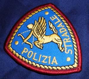 A19: Polizia stradale arresta cittadino rumeno responsabile del furto di un camion