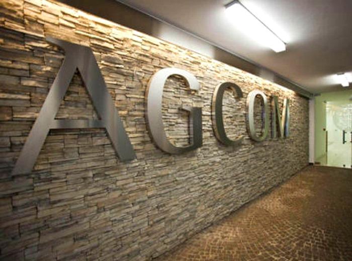 Il PD vuol far diventare l'Agcom lo sceriffo del web in Italia