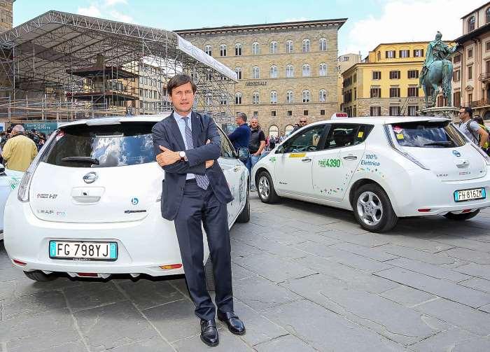 A Firenze i tassisti scelgono Nissan LEAF per dare il via alla mobilità pubblica a zero emissioni