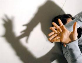 Agira: giovane arrestato per rapina aggravata e maltrattamenti a sorella invalida