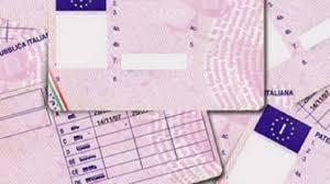 Pregiudicato di Enna denunciato per guida senza patente ed assicurazione, recidivo nel biennio per...
