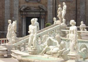 Palermo: Lo storico Gaetano Basile racconta i segreti di piazza Pretoria e fontana della Vergogna