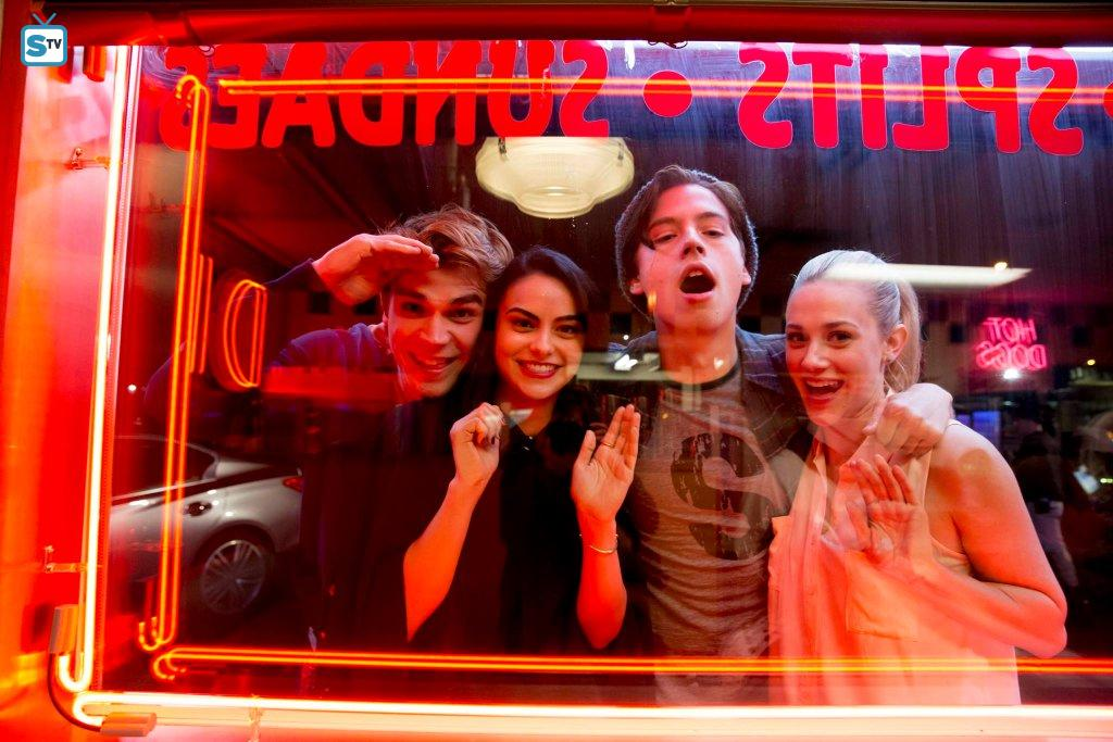 Upfronts 2016: The CW ordina Riverdale, Frequency e No Tomorrow