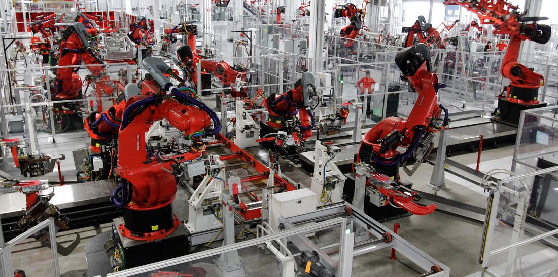 Foxconn licenzia 60.000 dipendenti e assume i robot | Surface Phone Italia