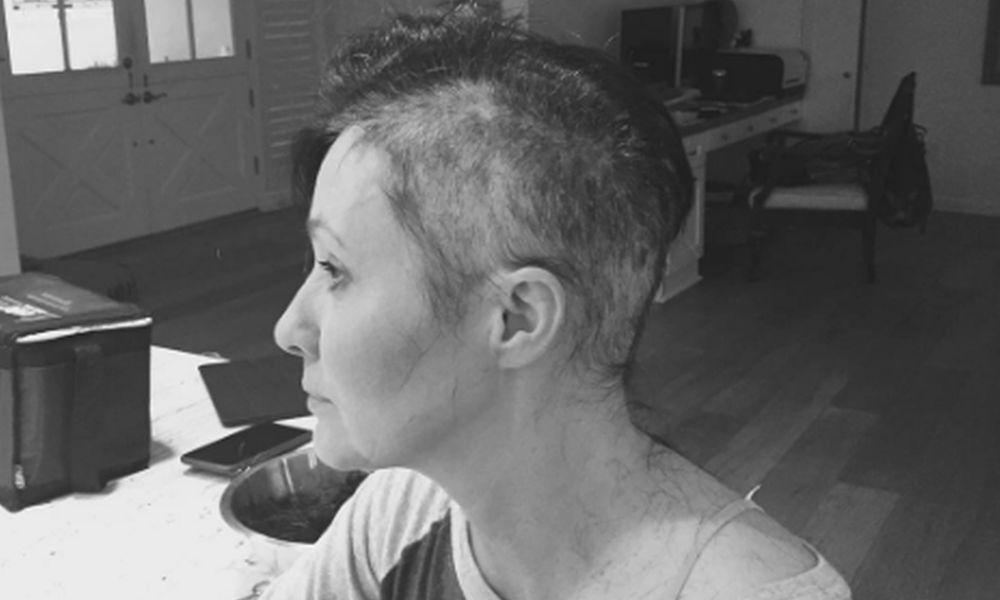 Shannen Doherty si rasa per combattere il tumore [VIDEO]