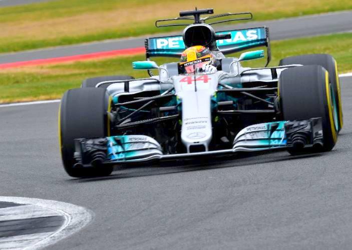 Formula 1 2017. A Silverstone Hamilton conquista la pole numero 66 della sua carriera