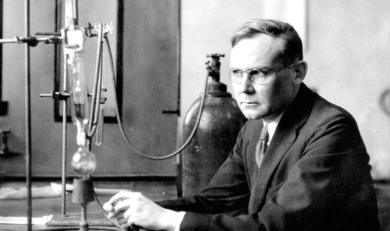 28 febbraio 1935: Carothers sintetizza il nylon