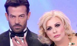 Uomini e Donne, l'opinionista Gianni Sperti lascia il programma?