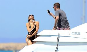 "Paris Hilton: a Ibiza ""She's hot!"""