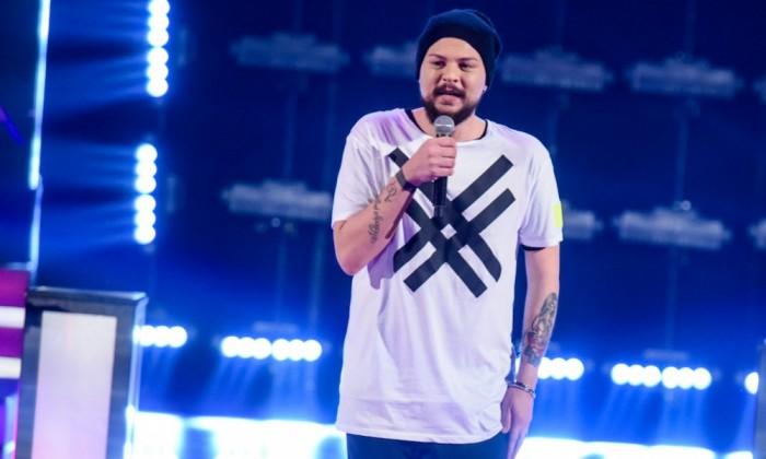 THE VOICE OF ITALY: ecco gli ultimi otto cantanti ai live show. CLAUDIO CERA eliminato tra le...