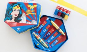 Wonder Woman: il cofanetto make-up di Maybelline in limited edition