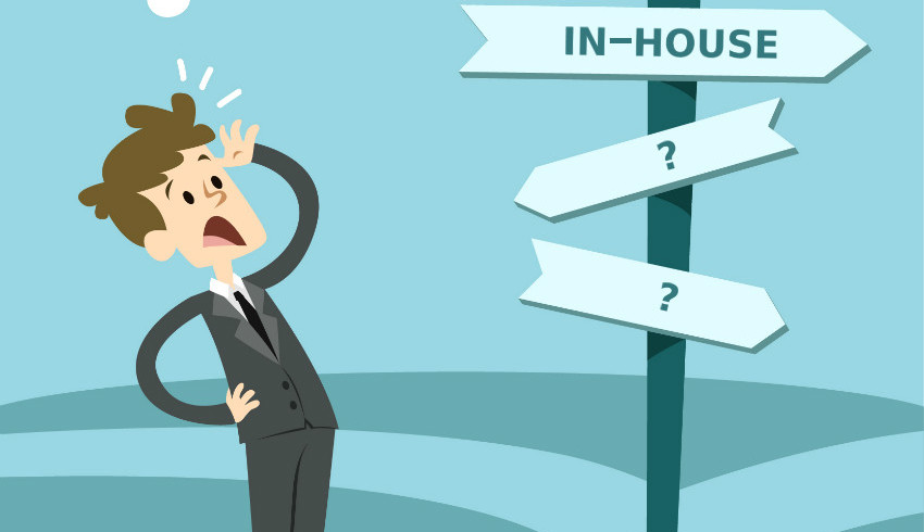 Outsourcing Vs In-House – Which One is Better For Mobile App Development Project?