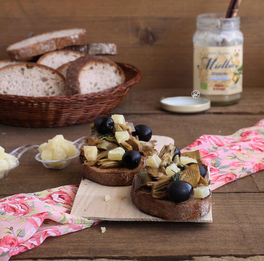 Bruschetta aux artichauts sans gluten