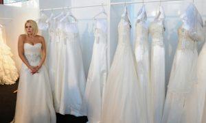 Loredana Lecciso e gli abiti da sposa: quale sceglierà per le nozze con Al Bano?