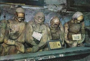 Raccolta fondi per salvare le mummie di Novara di Sicilia