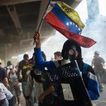 Venezuela: continuano le proteste nonostante i morti e la dura repressione
