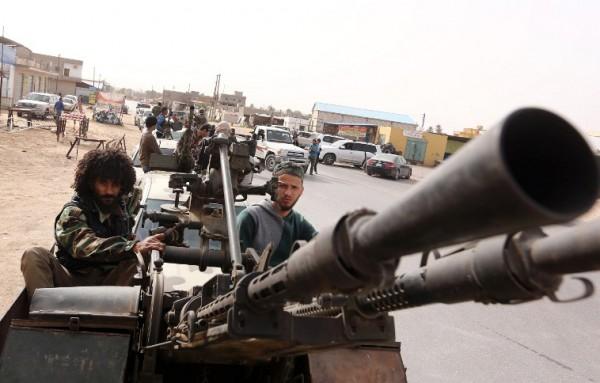 Libia: Una milizia libica ricattura base aerea di Gardabiya da militanti Stato Islamico (IS) » Guerr