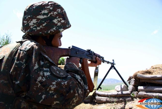 Azerbaijan: Azerbaijan spara con fucili di precisione e lanciagranate AGS-17 sulla linea di contatto