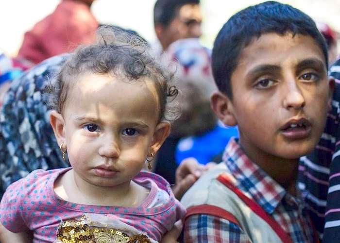 Approvata in prima lettura la legge Zampa per la tutela di minorenni migranti, sfollati e rifugiati