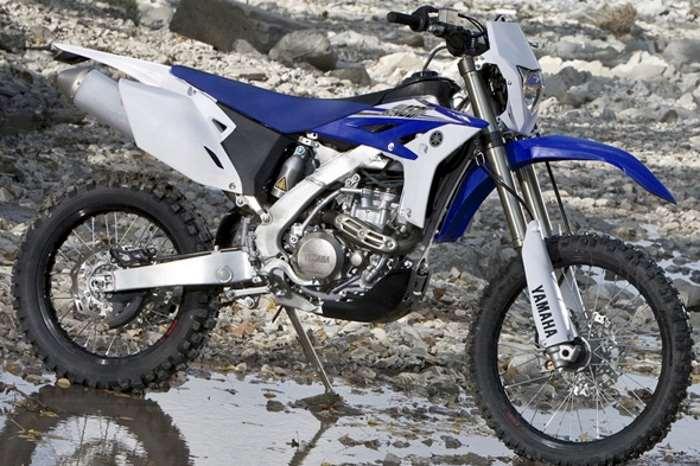 Yamaha presenta le edizioni limitate delle enduro WR250F e WR450F disponibili a partire da agosto 2017